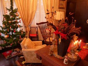 englishcottage-christmasdecoration