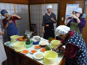 ハタハタ寿司作り