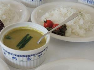 行者菜のグリーンカレー