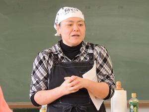 山下由美先生