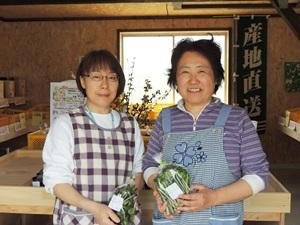 村上久美子さん(左)と真理子さん